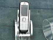 Stojan na mobil z kúska plechu