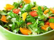 Zelený šalát s mandarinkami - recept na šalát so šunkou a mandarinkami
