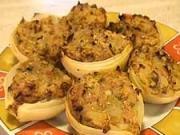 Pečená cibuľa plnená mäsom - recept na cibuľu plnenú mäsom a slaninkou s petržlenom