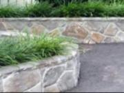 Ako premeniť betón na prírodný kameň