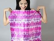 Tričko s odhaleným ramenom - Ako si urobiť sexy tričko s odhaleným ramenom