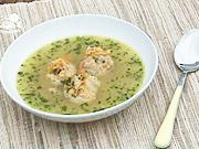 Rybacia polievka - recept na rybaciu polievku so zeleninou a mäsovými knedličkami