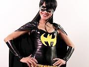 Kostým Batgirl - Ako si vyrobiť kostým Batgirl
