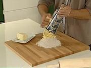 Ako vmiesiť tvrdé maslo do múky