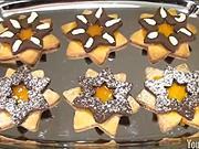 Dvojfarebné linecké koláčiky - recept na dvojfarebné linecké koláčiky