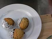 Plnené orechy - recept na  orechy plnené kakaovou plnkou