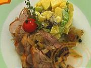 Pečená morka so zemiakovým šalátom - recept na pečené morčacie stehno