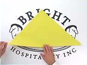 Obrusok v tvare piramídy - ako poskladať obrúsok do tvaru piramídy