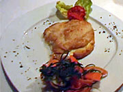Plnený kurací rezeň - recept  na kurací rezeň plnený šunkou a syrom