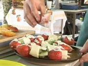 Palacinky s ovocím - Recept na palacinky s čokoládou a ovocím