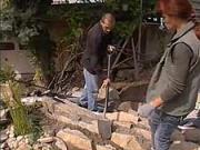Ako si vyrobiť  skalku - stavba špárovej skalky v záhrade