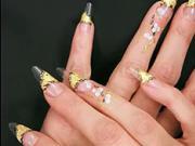 Gelové nechty - zlato-strieborný motív