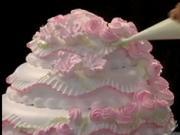Zdobení dortu - ružovo-bíle květy