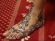 Zdobenie rúk a nôh pomocou henny - tetovanie henna
