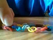Gumený náramok - Ako si vyrobiť náramky z gumičiek
