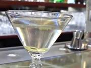 Martini - nápoj Jamesa Bonda -  recept na miešaný nápoj Martini pre Jamesa Bonda