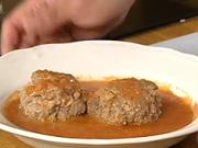 Mäsové guľky v paradajkovej omáčke - recept na mäsové gulky v paradajkovej omáčke