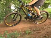 Jazda do zatáčky - techniky zatáčania na bicykli