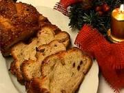 Vianočka - recept na domácu vianočku s hrozienkami, mandlami a vlašskými orechami