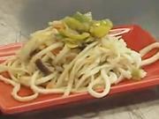 Nudle s thajskou zeleninou - recept na smažené nudle / slíže s thajskou zeleninou