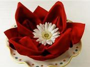 Servítka v tvare ruže - ako poskladať servítku do tvaru ruže