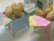 Krabička na oriešky - ako poskladať origami krabičku na oriešky