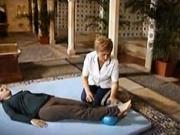 Cviky na bedrové kĺby v ľahu na chrbte