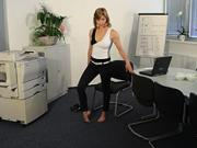 Cviky do kancelárie - ako cvičiť v kancelárii