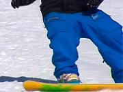 Nástup / výstup na vleku so snowboardom - Obuv na snowboard