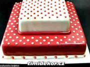 Dort s puntíky - puntíkatý dort