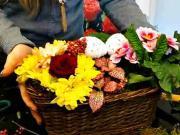 Jarný aranžmán - črepníkové + rezané kvety - Inšpirácia