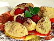 Krupicové halušky - recept na krupicové knedlíčky s jahodami
