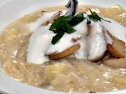 Kapustová polievka - recept na kapustovo-hubovú polievku so zemiakmi