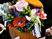 Kvetinová dekorácia v tekvici