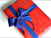 Ako zabaliť darček s ručne vyrobenou mašľou - balenie darčekov