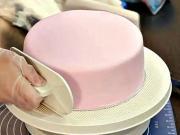 Zdobenie torty 1 / 3 - ako vyzdobiť tortu