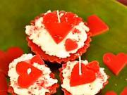 Valentínske sviečky ako koláčiky