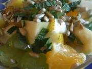 Ovocný šalát s medovou zálievkou  - recept