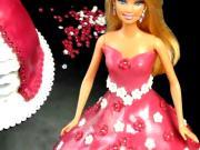 Dort s panenkou - jak se dělá dort s panenkou barbie
