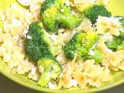 Dětské recepty - těstoviny s brokolicí a sýrem cottage (tvarohem)