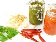 Pesto - zelené a červené pesto - ako sa robí bazalkové  a paradajkové pesto-recept