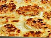 Gratinované zemiaky - recept na zapekané zemiaky so smotanovo-syrovou omačkou
