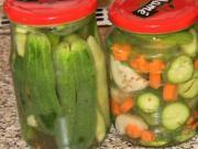 Zavárané uhorky v sladko-kyslom náleve - recept na zaváranie uhoriek
