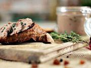 Paté z kuracích pečienok s hrozienkami - recept na chutnú paštétu