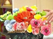 Kvety z batikovaného papiera