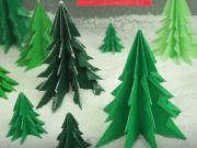 Vánoční 3D stromek z papíru