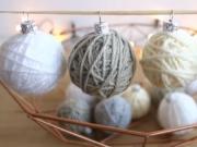 Vianočné ozdoby z klbka vlny - vlnené vianočné gule