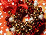 Vianočný veniec na dvere - vianočný veniec z vianočných gúľ
