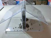 Ako vyrobiť kŕmitko so zásobníkom z plexiskla - kŕmitko pre vtáky