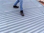 Odhlučnenie strechy - Ako sa zbaviť hluku plechovej strechy